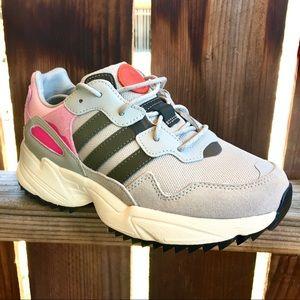 Adidas original girls sneakers tennis shoes